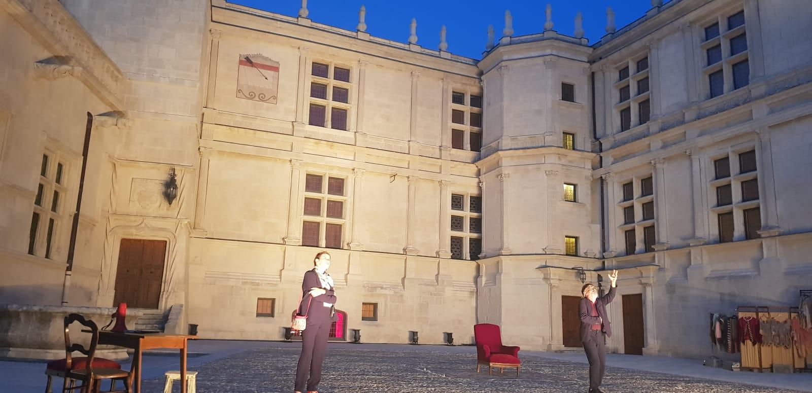 Molière-Sévigné : Déambulation au château de Grignan - été 2020
